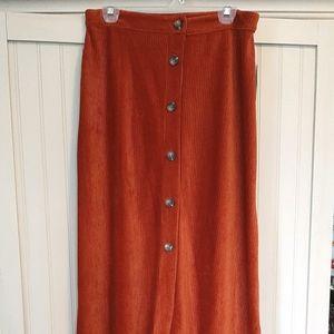 70's inspired midi skirt
